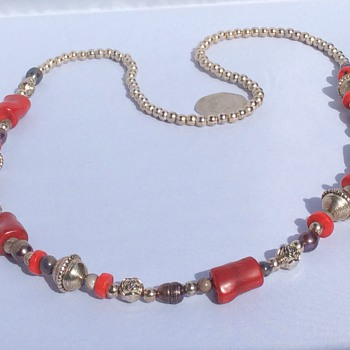 Vintage necklace  - Costume Jewelry