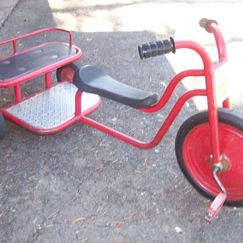 Lakesore tricycle - Sporting Goods