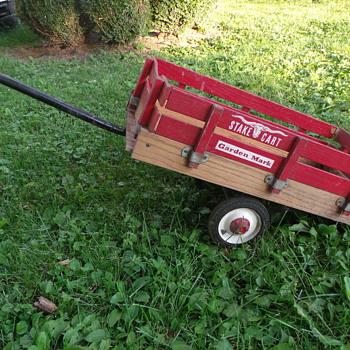 MTD Garden Mark Stake Cart  - Toys