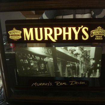 VINTAGE MURPHY'S BEER LIGHT UP SIGN AND OVAL METAL SIGN. - Signs