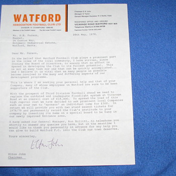 Original 1978 ELTON JOHN HAND SIGNED LETTER - Paper