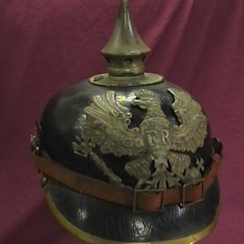 WW I Prussian M-95 Pickelhaube - Military and Wartime