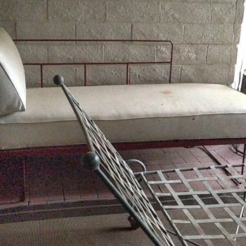 Art Deco Iron Day Bed - Mid-Century Modern