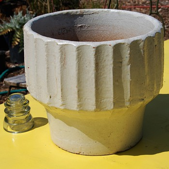 Biltmore Pot - Architectural Pottery by Bauer