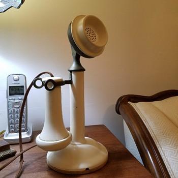 WHITE Kellogg Grabaphone Candlestick Telephone