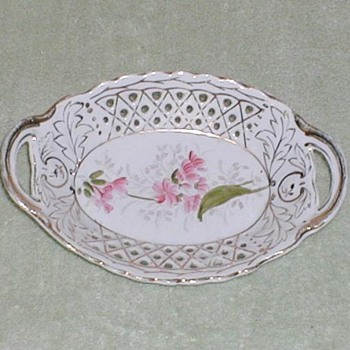 German reticulated china dish