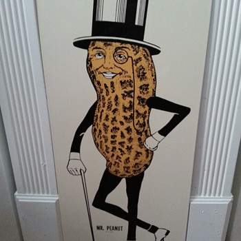 MR PEANUT ADVISEMENT SIGN