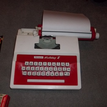 Sears Holiday II Typewriter - Office