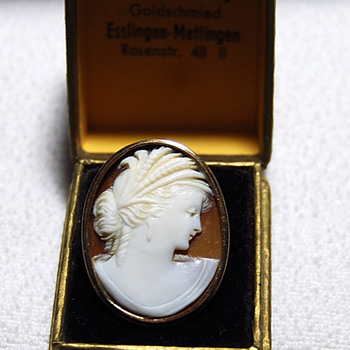 The ProdiGal Cameo Has Returned -- Need Help With Identifing The Jeweler - Fine Jewelry