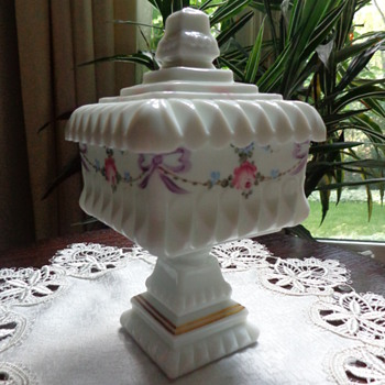 Covered Milkglass Candy Dish - Glassware