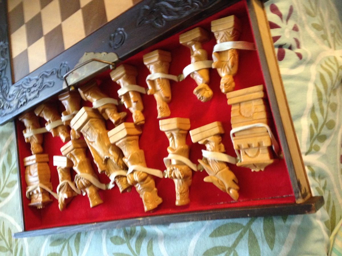 Antique hand carved chess set collectors weekly - Collectible chess sets ...