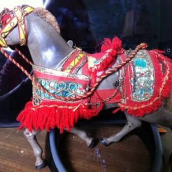 Wind-up metal horse.  Any Information?