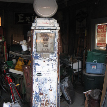 1935-39 Bennett 76 Sinclair HC Gas Pump