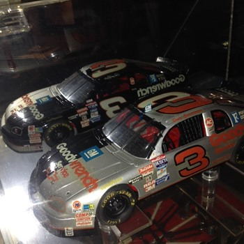 Earnhardt Goodwrench #3 split car - Model Cars