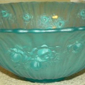 Frosted Blue Rose Bowl Mystery