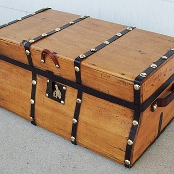 Stagecoach or Gold Rush Trunk - Furniture
