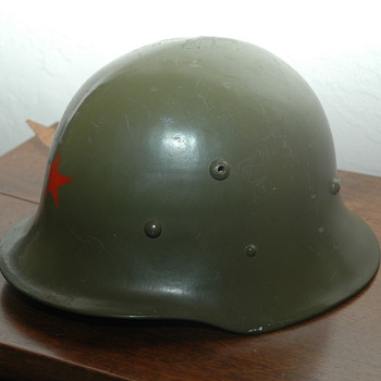 Picked up some helmets  - Military and Wartime