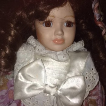 Gorgeous Porcelain Doll of Unknown Origin (no tag or label) - Dolls