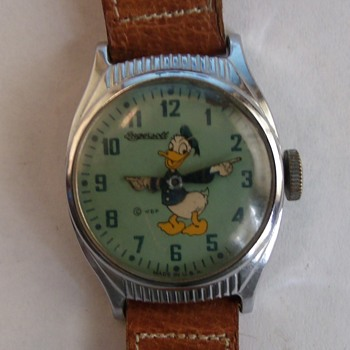 1947 Ingersoll Donald Duck Wrist Watch...Round Variant