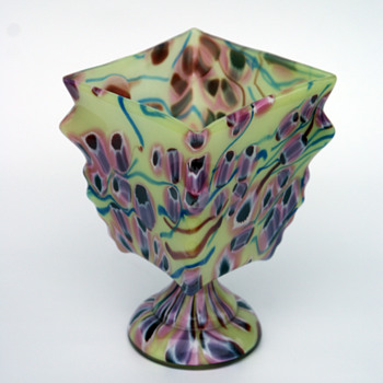 Kralik Milefiori knuckle bowl vase - Art Glass