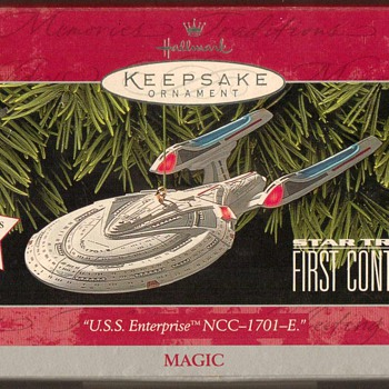 "1998 - Hallmark ""Star Trek"" Ornament - Christmas"