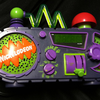 Nickelodeon Time Blaster Alarm Clock - Advertising