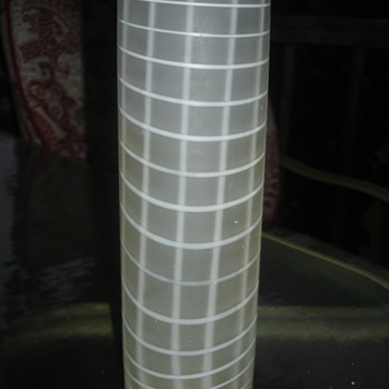 CYLINDER WHITE CHECKER  VASE  - Art Glass