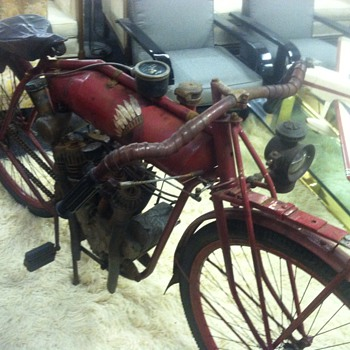 Old motorcycle At Renningers