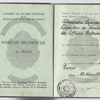 1950 Diplomatic passport - Paper