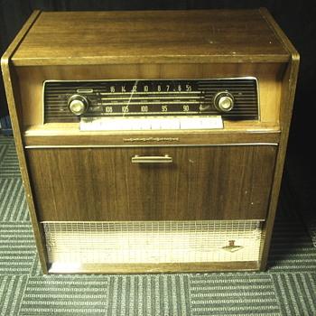 """Nordmende Cabinet Radio""""Caruso""""1950-60 - Radios"""