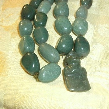 Jade? Beaded Necklace With Carved Gorilla Hand Strung  32 Beads - Fine Jewelry