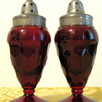 Indiana Depression Glass, Ruby Salt &amp; Pepper Shakers - Kitchen