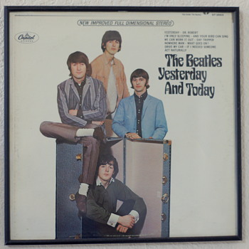 Beatles Stereo Butcher Cover - Second State - Yestereday And Today - Capitol ST2553 - Records