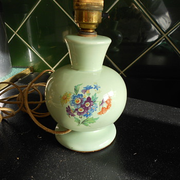Vintage china lamp base. Very old wiring. - Lamps