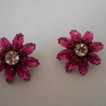 Elizabeth Cole earrings - Costume Jewelry