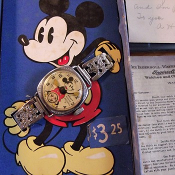 "1937/38 ""Oddity"" Ingersoll Mickey Mouse Wristwatch - Wristwatches"
