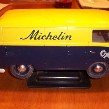 1966 COMBI VW VAN MICHELIN TIRE  - Model Cars