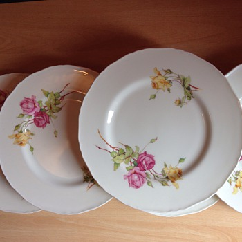 Porcelain plates - China and Dinnerware