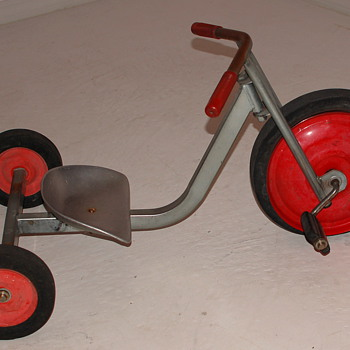 Low-Rider Tricycle 2