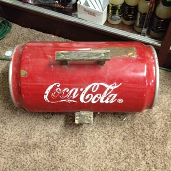 COCA COLA BARBECUE GRILL ????  FOUND IN A OLD BARN