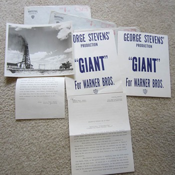 "Original Warner Bros. Press Kit for George Stevens' 1956 ""Giant"""