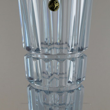 Hoya Crystal neodymium glass vase