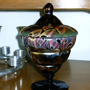 Czechoslovakian lidded pieces - Art Glass