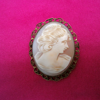Antique Cameo.