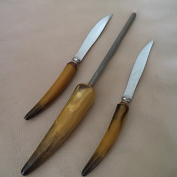 Vintage Mid-century 2 Knives and Sharpener - Kitchen