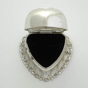 silver scalloped heart ring box - Fine Jewelry
