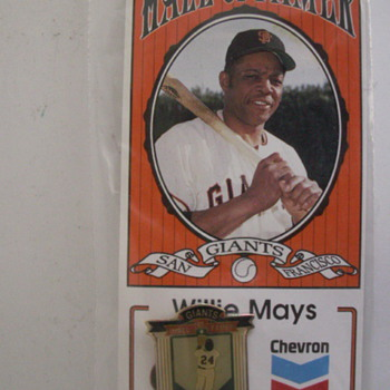 Chevrons Willie Mays Hat Pin