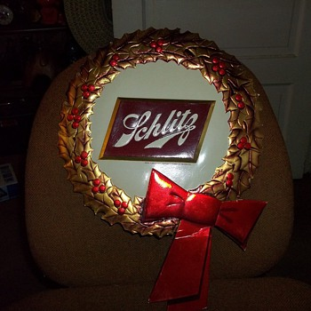 SCHLITZ ADVERTISER WREATHS - Signs