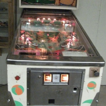 Williams Gulfstream Pinball Machine