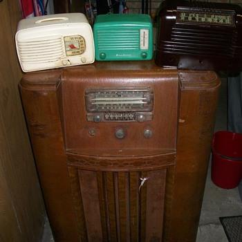 AIRLINE (2) /MOTOROLA - Radios